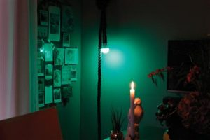 Smart Glühbirne mit BT Lautsprecher