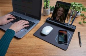 Air Mousepad mit 5W Wireless Charger und USB