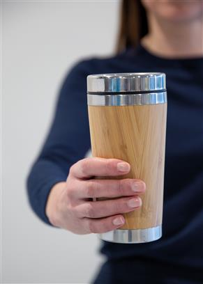 Bambus-Becher